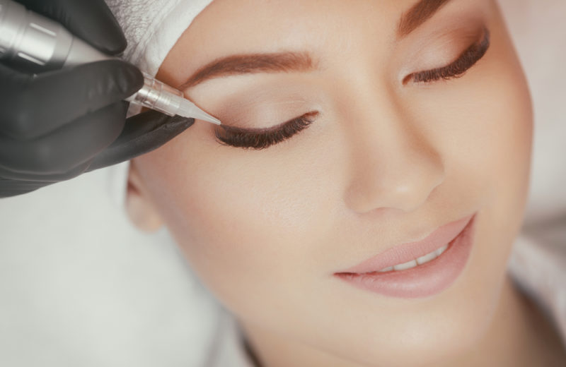 Les essentiels à savoir sur le maquillage permanent des yeux