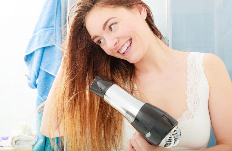 Quel sèche-cheveux choisir selon ses besoins